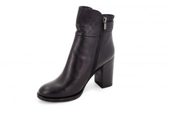 Ботинки женские 3184 001